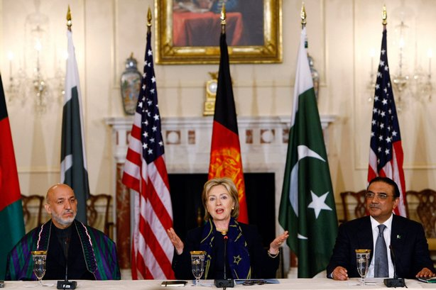U.S. Secretary of State Hillary Clinton (C) speaks at the State Department with Afghanistan's President Hamid Karzai (L) and Pakistani President Asif Ali Zardari (R) during trilateral consultations May 5, 2009 in Washington, DC.