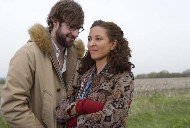 "John Krasinski and Maya Rudolph are about to be parents in ""Away We Go"""