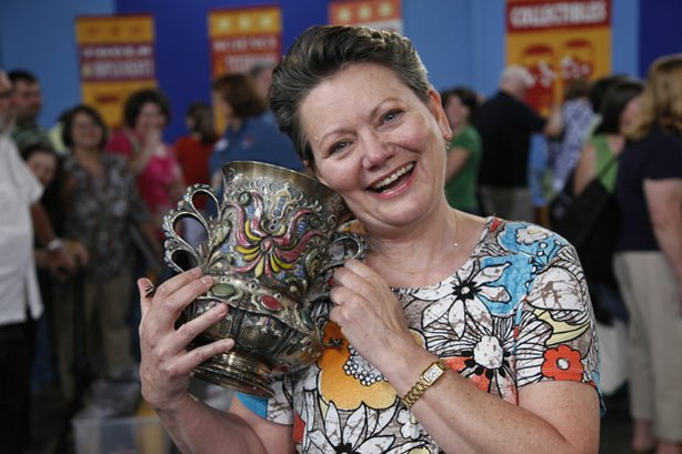 At &quot;Antiques Roadshow&quot; in Madison, Wisconsin, this guest brings in what she calls an ugly piece of silver with enamel and turquoise decoration, only to learn it was made by Tiffany for the Columbian Exposition of 1893. Appraiser Ron Bourgeault deems the piece spectacular and assigns it a value of $50,000 to $100,000.