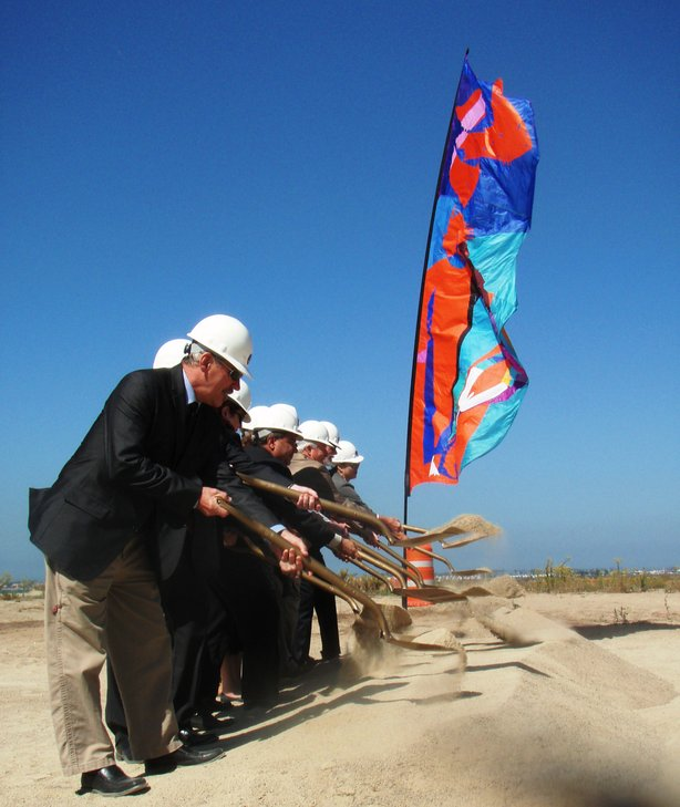 City and State officials celebrate the groundbreaking of the South San Diego Bay Wildlife Restoration Project on September 23, 2010.