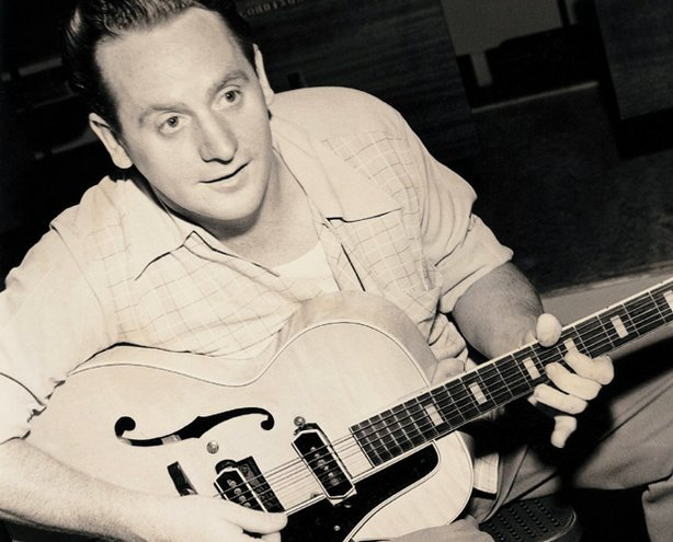 Promotional photo of music legend Les Paul