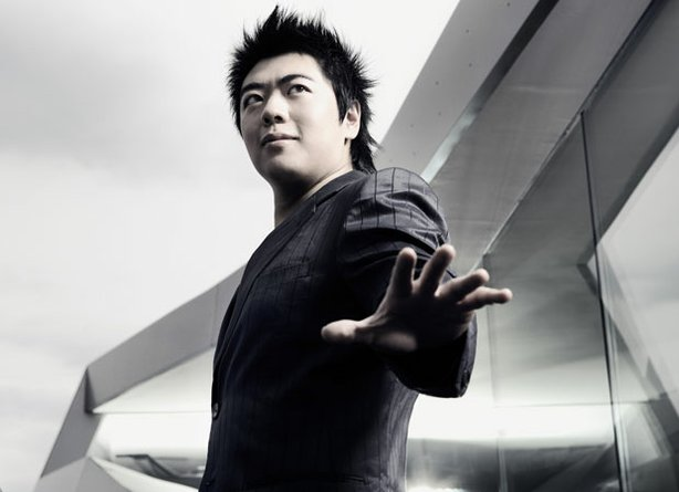 Promotional photo of Lang Lang, the first Chinese pianist to be engaged by the Vienna Philharmonic, Berlin Philharmonic and all the top American orchestras.