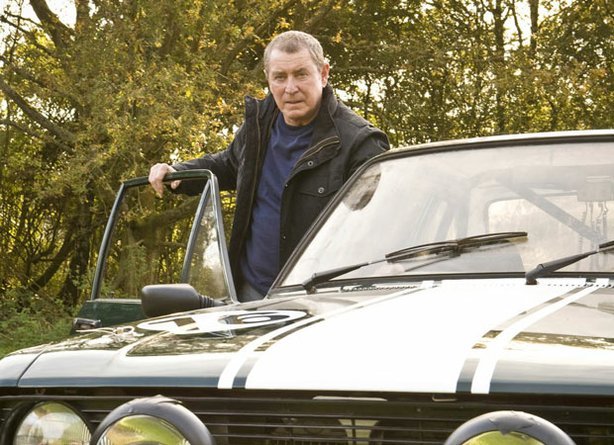 "Detective Chief Inspector Tom Barnaby in ""Midsomer Murders,"" played by actor John Nettles (Bergerac)"