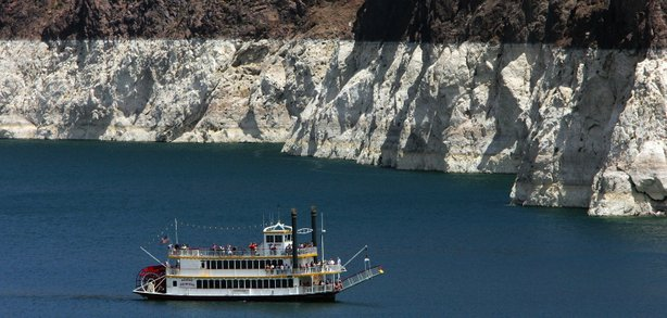 The white &#39;bathtub ring&#39; on the rocks around Lake Mead is from mineral deposits left by higher levels of water. 