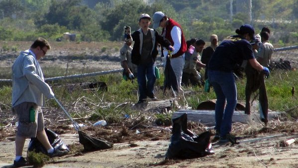 Volunteers pick up trash around San Diego Bay during the Creek to Bay Cleanup event on April 24, 2010.