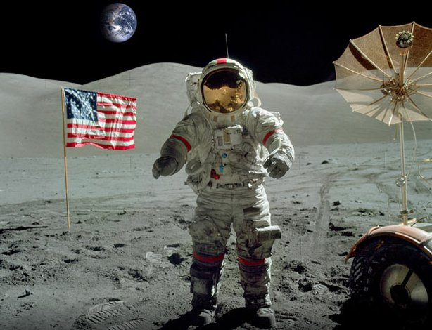 Astronaut Eugene Cernan walks on the moon. Cernan was commander of the mission, and still holds the distinction of being the last man to walk on the Moon&#39;s surface on December 11, 1972.