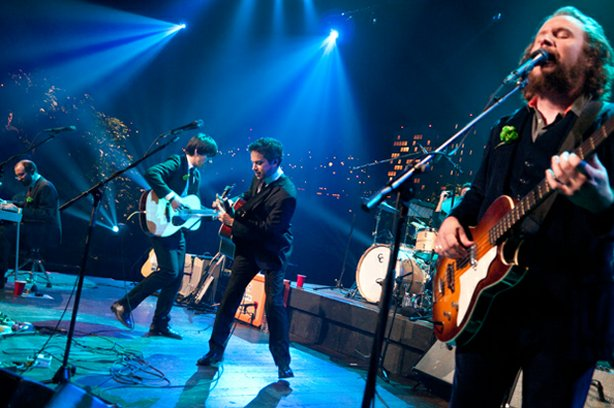 AUSTIN CITY LIMITS presents alternative rock supergroup Monsters of Folk. The group performs songs from its debut album.