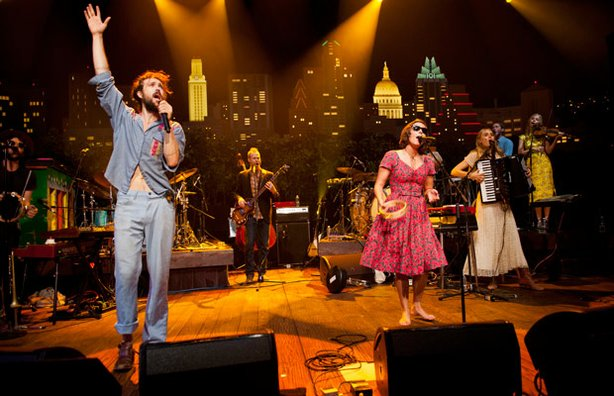 "Edward Sharpe & the Magnetic Zeroes bring experimental alt.pop to the AUSTIN CITY LIMITS stage with the LP ""Here."""