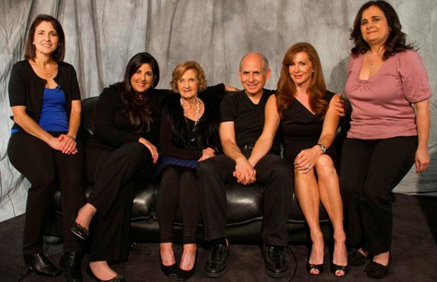 Dr. Daniel Amen surrounded by the women in his family.