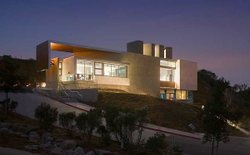 Exterior shot of Lux Art Institute in Encinitas, Calif.