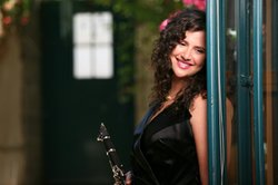 Image of Israeli clarinetist and saxophonist, Anat Cohen.