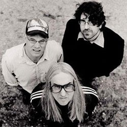 Image of the band Dinosaur Jr. 