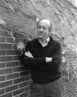 Image of US Poet Laureate from 2002-2003, Billy Collins.