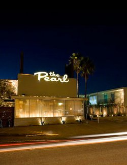 Exterior image of the Pearl Hotel located in Point Loma