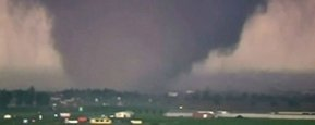 Massive Tornado Hits Oklahoma, At Least 24 Killed
