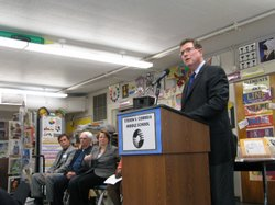 San Diego Unified School Superintendent Terry Grier praises teachers and students for making big gains on state tests scores.