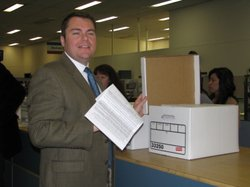 San Diego City Councilman Carl DeMaio delivers 138,000 signatures to the city clerk&#39;s office on June 14, 2010.