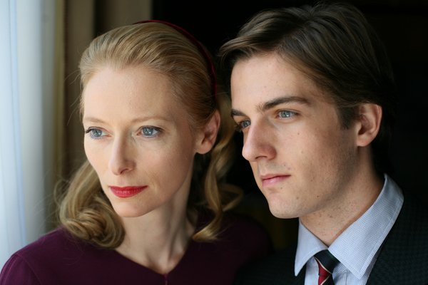 Twinda Swinton and Flavio Parenti as mother and son in &quot;I Am Love&quot;