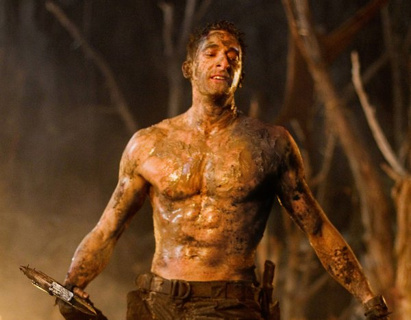 "Adrien Brody shows his six pack in ""Predators"""