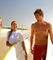 Catch a wave on your one-week walkabout tour of Australia. Paddle out at Bondi Beach or the other legendary surf spots Down Under and create memories that last a lifetime.