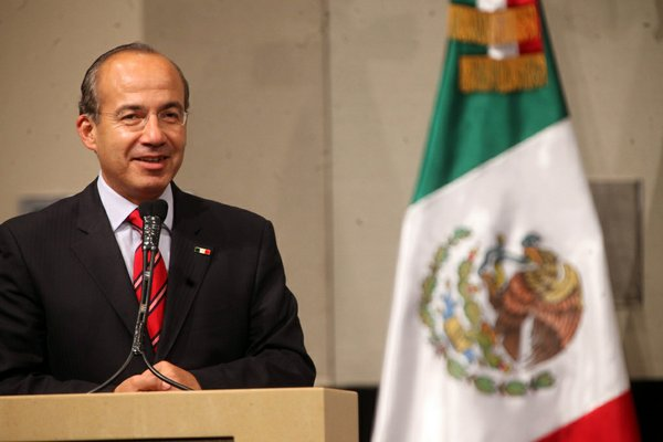 Mexican President Felipe Calderon spoke to a group during a recent visit to Las Vegas.