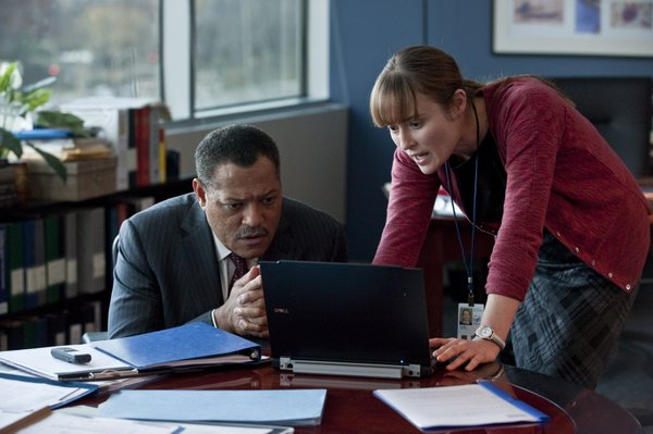 "Laurence Fishburne and Jennifer Ehle play CDC doctors in ""Contagion."""