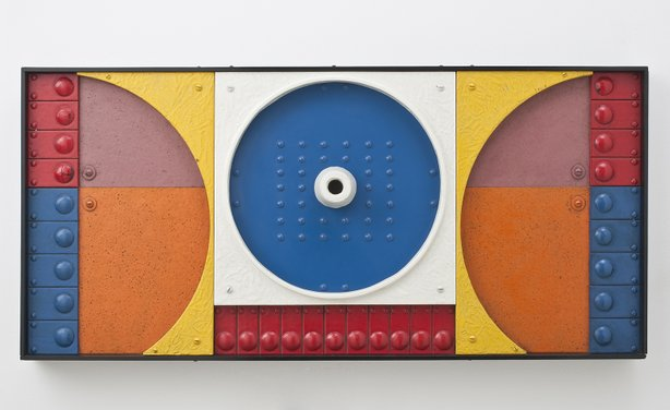 Jackson Woolley, Bonus, 1967, polyester resin and paint on wood, 19 ½ x 40 x 4 in. Collection of Courtney Cutter and Marc Sagal. Photograph by Steve Oliver.