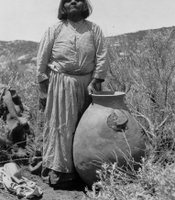 Rosa Nejo with olla, Campo Reservation, Campo Kumeyaay Nation, 1918.