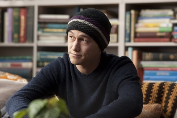"Joseph Gordon-Levitt nabs a Golden Globe nom for ""50/50."""