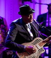 Keb Mo performs as President Barack Obama and First Lady Michelle Obama host IN PERFORMANCE AT THE WHITE HOUSE &quot;Red, White And Blues&quot; in celebration of Blues music in the East Room of the White House, Feb. 21, 2012.