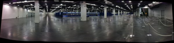The press/exhibitor/pro registration area at WonderCon. No waiting here on Friday.