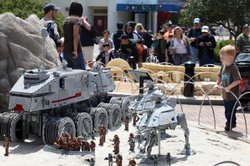 A different Legoland model of a Wookiee battle.