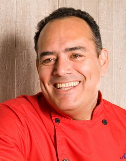 Ricardo Muñoz Zurita, a renowned chef and food anthropologist.