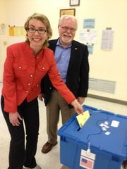 Former U.S. Rep. Gabrielle Giffords tweeted a photo of her casting a ballot for Ron Barber in Tuesday's special election to finish out her term.