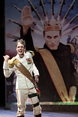 Jay Whittaker as Richard III.