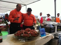 Chefs Otto Spohn and  Juan Carlos Coutiño Ruizof of Team Chiapas with their pre-paella contest entry, in Ensenada, Baja California, July 14, 2012