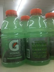 The labels for Gatorade's new flavor line are in Spanish and English.