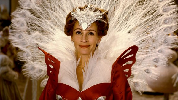 "Julia Roberts stars in the revisionist take on ""Snow White,"" ""Mirror, Mirror."""