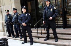 Police stand in front of the Federal Reserve Bank on October 17, 2012 in New York City. A Bangladeshi national was arrested Wednesday by Federal Authorities for allegedly plotting to blow up the Federal Reserve Bank in New York City.