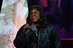 Legendary Motown singer Martha Reeves sings her 1960s hits (with Martha &amp; the Vandellas) Dancing in the Street and Heat Wave.