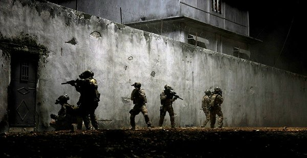SEAL team 6 outside the bin Laden compound in &quot;Zero Dark Thirty&quot;