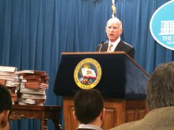 Gov. Jerry Brown announces an end to the state of emergency in California&#39;s prison system at a Capitol news conference Tuesday in Sacramento.