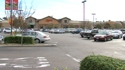 The commercial center of 4S Ranch was planned as a small-town downtown with a main street, but it ended up a suburban shopping mall with huge parking lots.