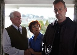Arthur Banks (Keith Barron), Ida Banks (Polly Hemingway) and DCI Alan Banks (Stephen Tompkinson). Banks with his parents.