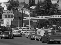 Motorists rushed to fill their gas tanks in Martinez, Calif., Sept. 21, 1973. Northern California service station operators threatened to shut down entirely to protest gas price restrictions.