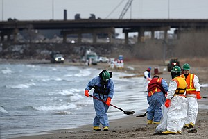 BP Says Oil Spill In Lake Michigan Has Been Contained