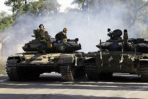 Shelling In Donetsk Rocks Cease-Fire In Ukraine