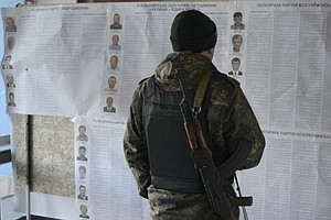 Planned Vote In Ukraine's Separatist East Gets Moscow's Blessing