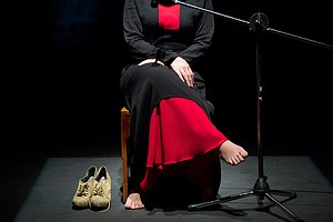 Syrian Women Displaced By War Make Tragedy Of 'Antigone' ...