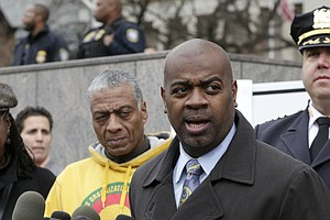 Newark's New Mayor Proves His Crime-Fighting Powers Early